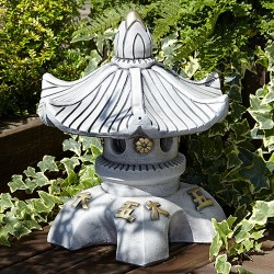 japanese single tier pagoda round top
