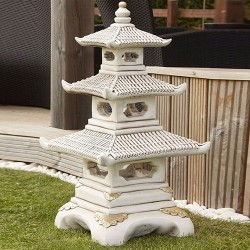 japanese three tier pagoda